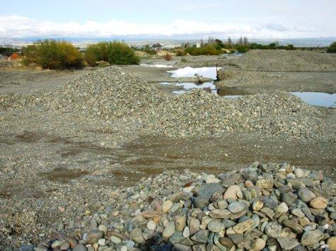 Río Percy Trevelin. Destruido y usado como Cantera.